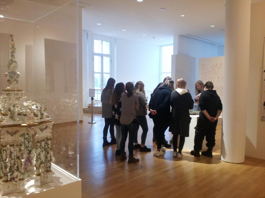 museum f r angewandte kunst frauenlob gymnasium mainz. Black Bedroom Furniture Sets. Home Design Ideas